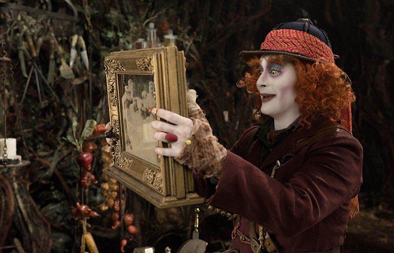 alice - alice - Alice além do espelho (e da identidade)