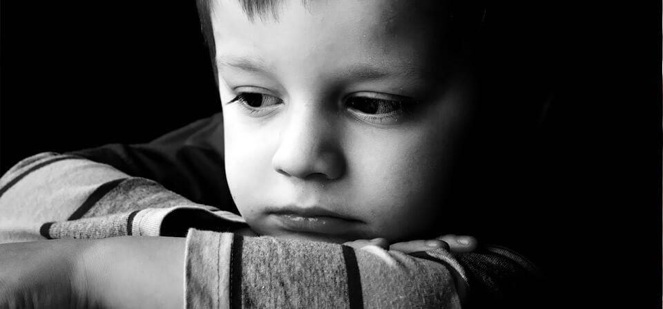 doença mental - crian  as - 11 sintomas de doença mental em crianças