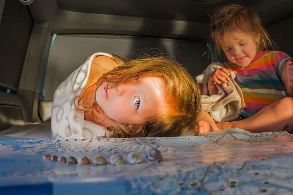 superproteger - crian  as com pais superprotetores 1024x683 - Pais superprotetores criam filhos inseguros – Entenda as consequências!